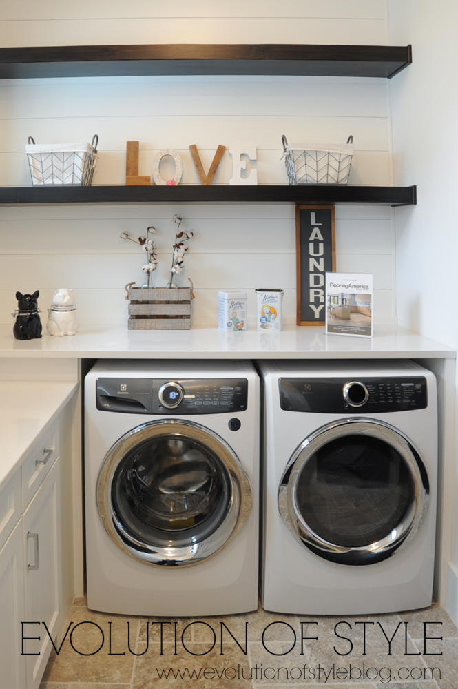 Modern farmhouse laundry room