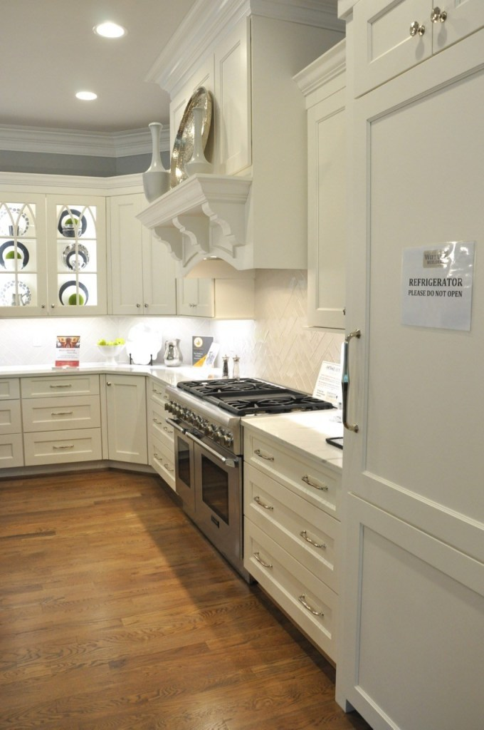 White kitchen with white countertops