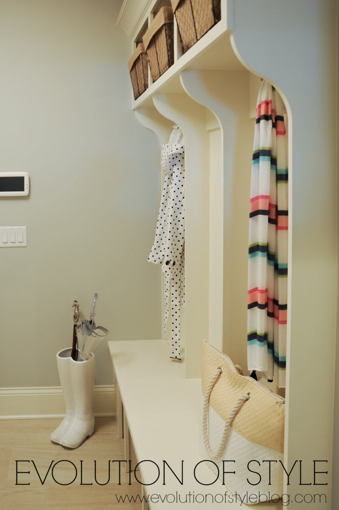 Multigenerational home mudroom