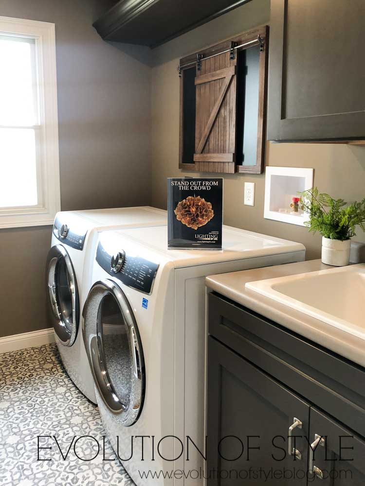 2019 Homearama Day Five - The Nantucket - Upstairs Laundry