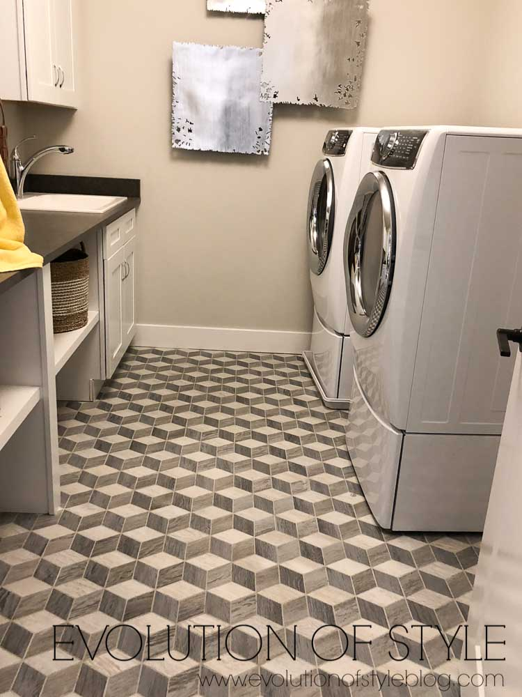 2019 Homearama Day One - Upstairs Laundry