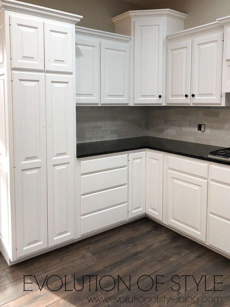 White Painted Cabinets - Sherwin Williams' Snowbound