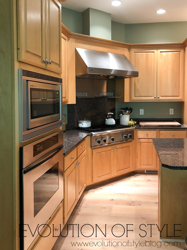 Painted Kitchen Cabinets in Sherwin Williams' Highly ...