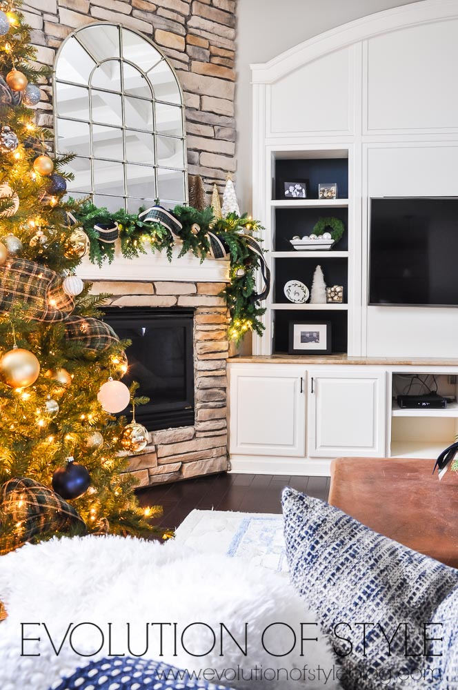 2020 Holiday Home Family Room