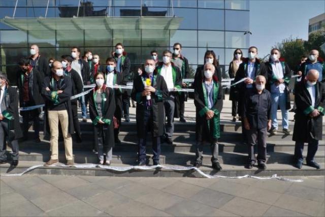 Diyarbakır'da engellenen avukatlar açıklama yaptı