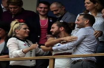 Νίκος Παπανικολόπουλος: Ταυτότητα φύλου