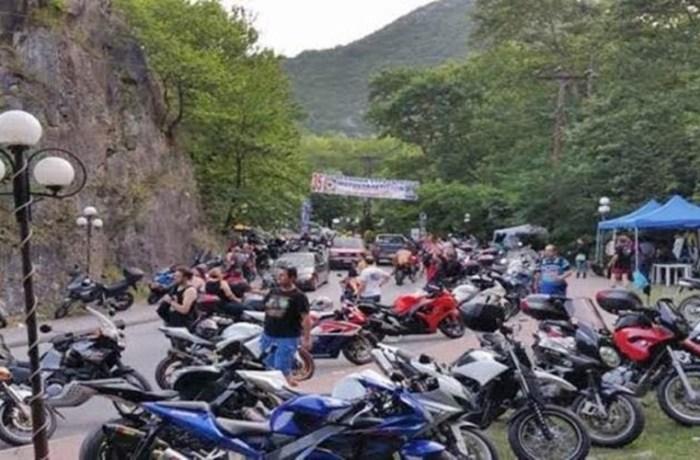 Στην Καλαμπάκα επαινούν την απόφαση της Σαμοθράκης για Πανελλήνια Συνάντηση Μοτοσυκλετιστών και…κράζουν τον δήμο τους