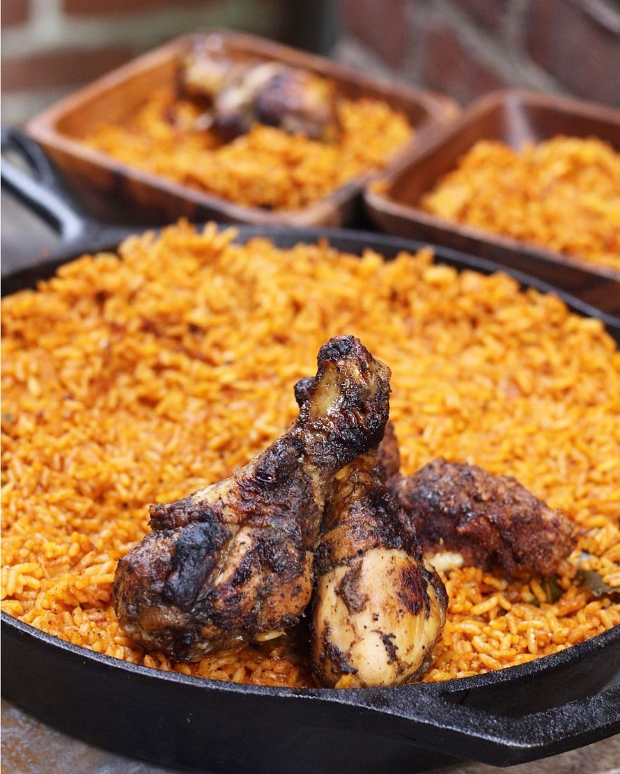How to make jollof rice in 5 easy steps evs eats how to make mouthwatering nigerian jollof rice in 5 easy steps full of flavor ccuart Gallery