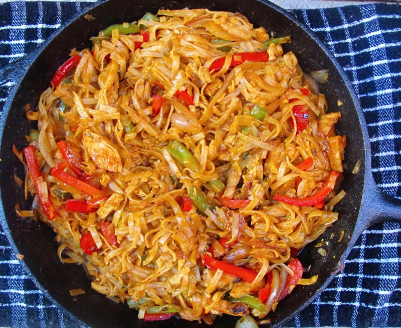 Spicy Chicken Noodle Stir Fry Ev S Eats