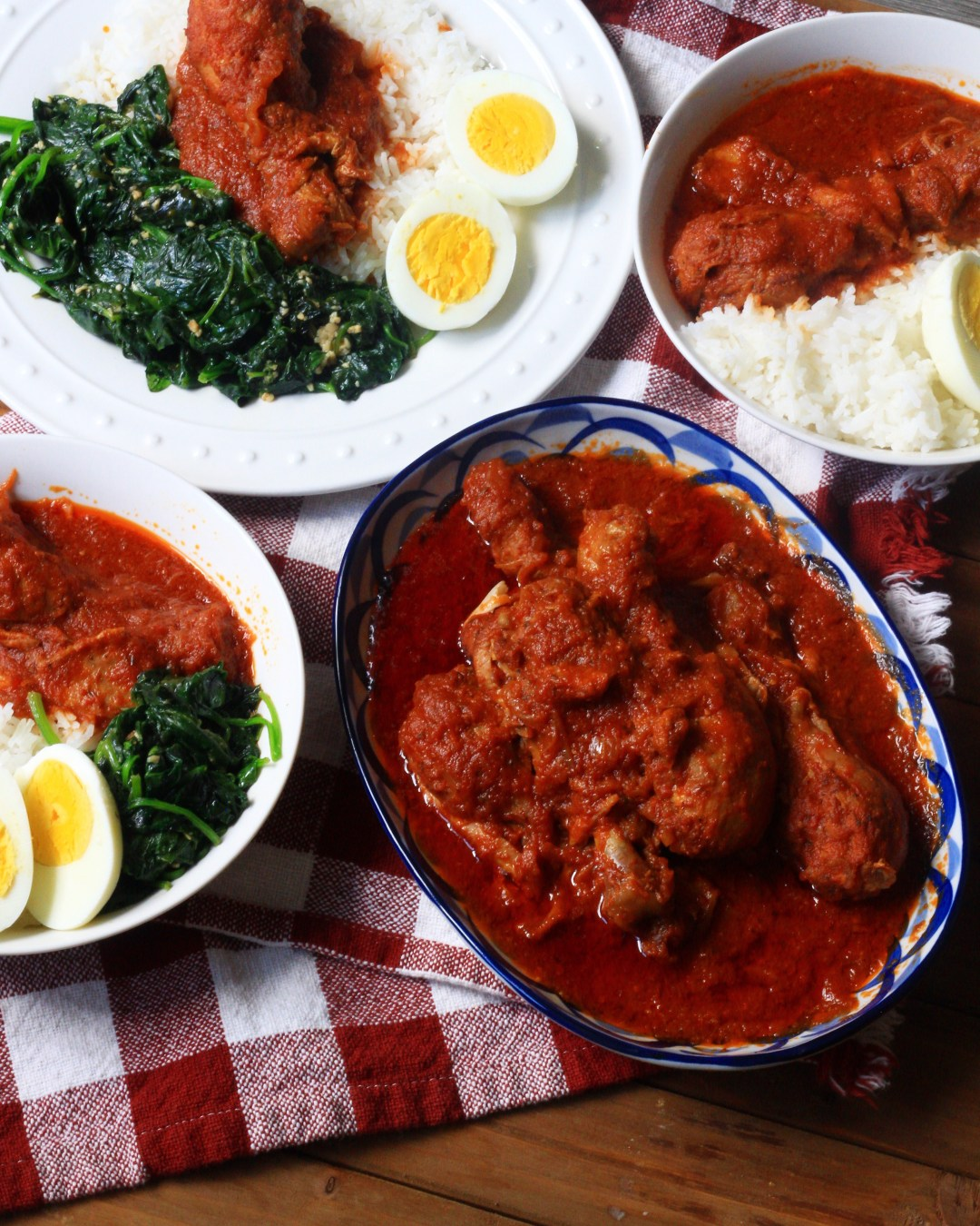 Nigerian chicken stew red tomato stew evs eats stews and soups make up a large portion of nigerian and african cuisine and stew as its commonly called is the main ingredient in many nigerian recipes forumfinder Image collections