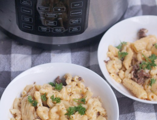 This Oxtail mac and cheese is so good because its a combination of a rich and creamy bechamel sauce with nutty gruyere and swiss cheese.