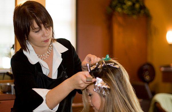 Barvení vlasů – Creative Commons