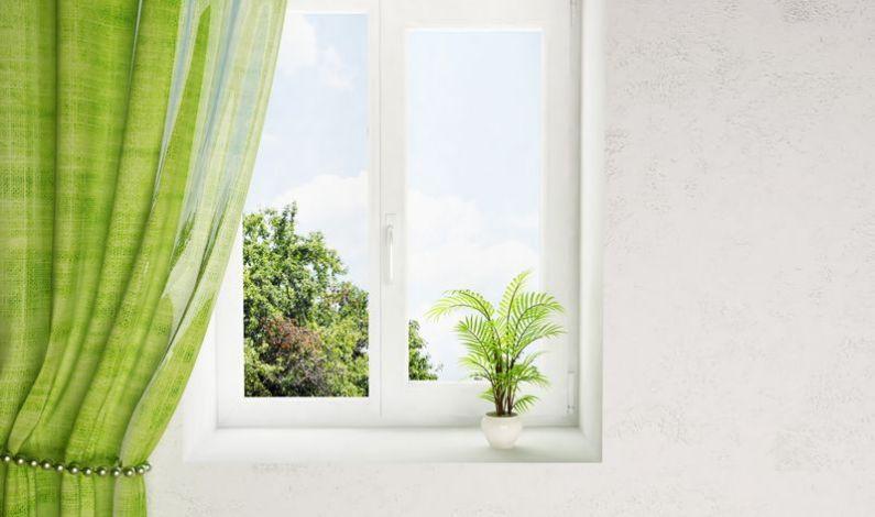 Kvalitní mytí fasád, čištění oken, výškové práce Brno