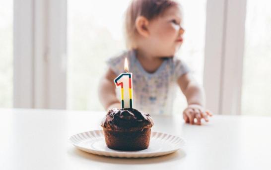 Jak přizpůsobit narozeninovou oslavu věku dítěte?