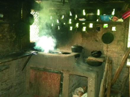 traditionelle Feuerstelle