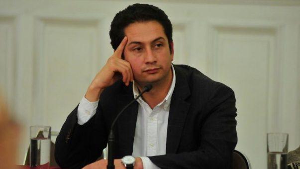 Quién es Diego Ancalao, el candidato de la Lista del Pueblo al que el  Servel dejó fuera de carrera tras detectar irregularidades en sus firmas de  apoyo | Ex-Ante