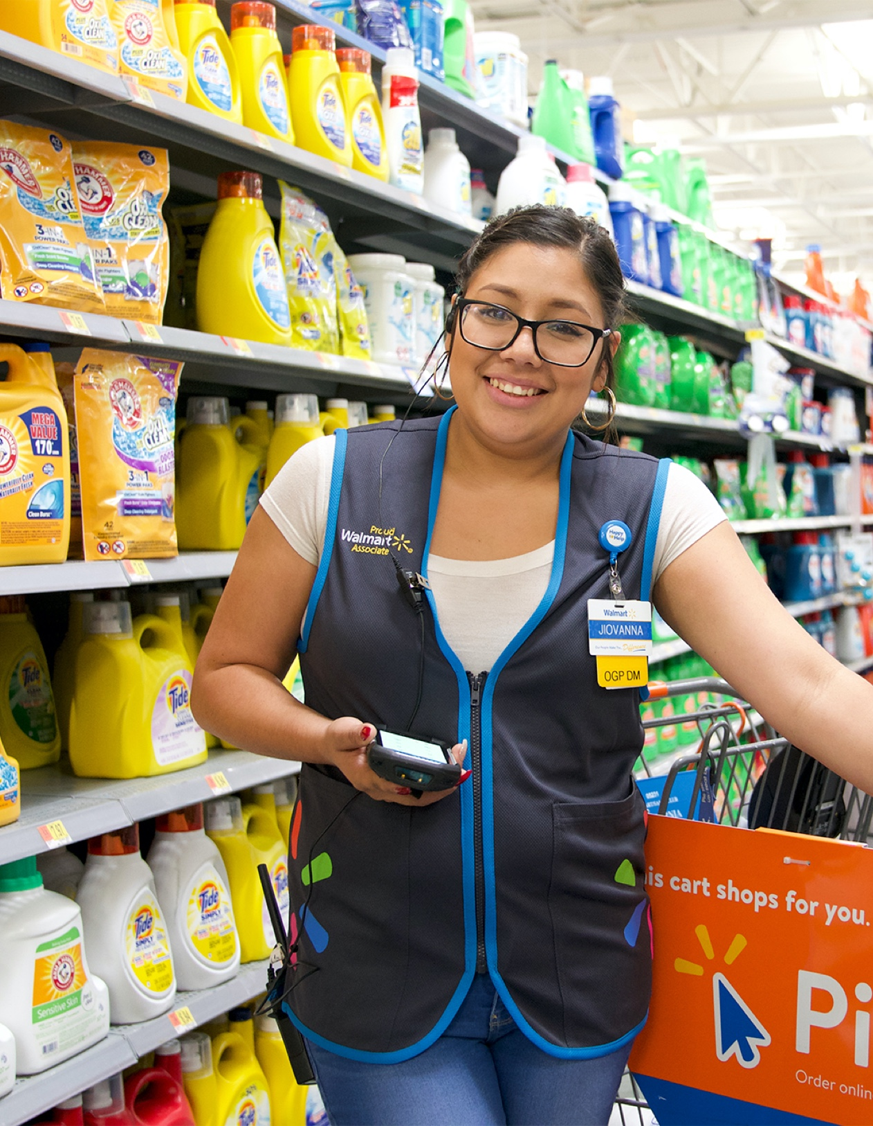 If you played sports when you were young, then you grew up and entered the workforce already knowing how incredible it feels to be part of a team. Walmart Pay Card Exclusively For Walmart Associates Exceed Card