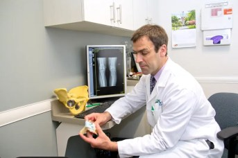 Dr. Fehm