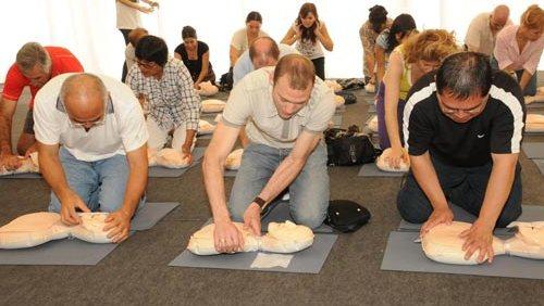 RCP  Entrenamiento gratuito de reanimación cardiopulmonar este sábado en el Planetario