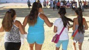 La obesidad en niñas adelanta su pubertad