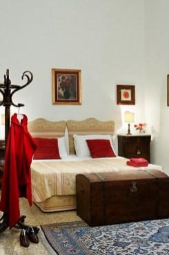 Camino bedroom
