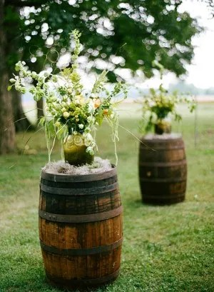 Wine-Barrel-Wedding-Decor-300x409