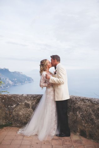 Bridal couple on a terrace with seaview on the Amalfi Coast