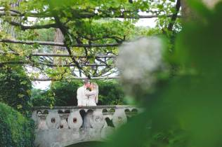 Romantic kiss in the park of Villa Cimbrone