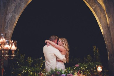 Romantic bridal couple at Villa Cimbrone