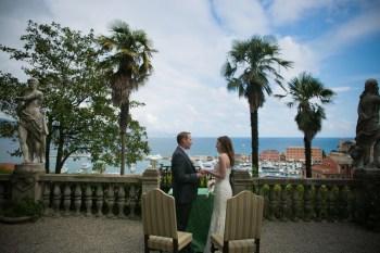Civil ceremony in the gardens of Villa Durazzo