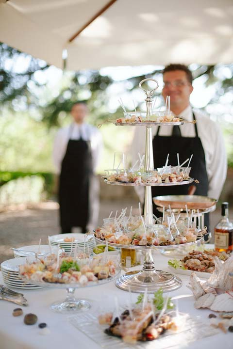 Wedding Cocktail in a Tuscan Castle