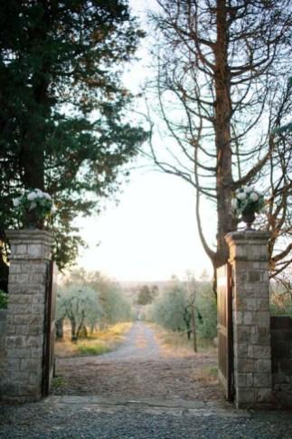 tuscany-wedding-castle-palagio-gabriella-charles-party-155