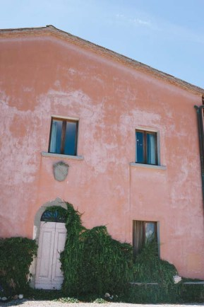 tuscany-wedding-castle-palagio-gabriella-charles-preparation-002