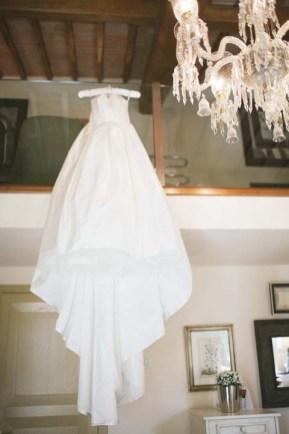 tuscany-wedding-castle-palagio-gabriella-charles-preparation-043