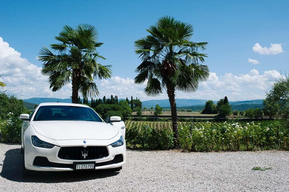 Luxury car for Tuscany wedding