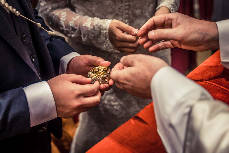 Rite of the Wedding Coins in Rome