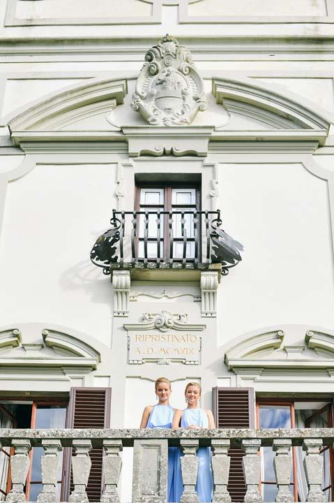 Bridesmaids in a Tuscan Villa