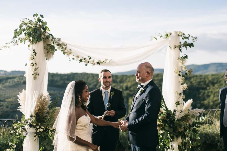 Wedding ceremony at Villa Vistarenni