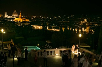 Cutting of the cake on a terrace overlooking Florence