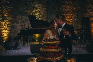 Cutting of the cake at Modanella castle