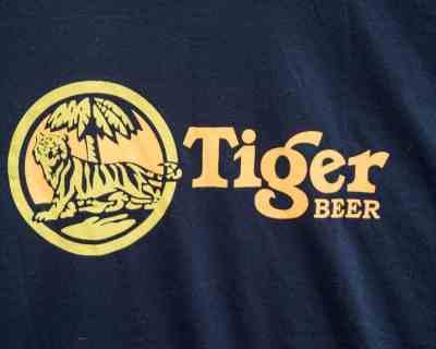TEE SHIRT – TIGER BEER – MANCHE COURTE IMPRIMÉ – Size M
