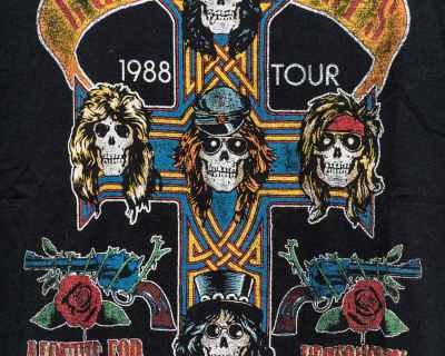 T-SHIRT – ZARA – REPLICA GUNS N ROSES TOUR – Size L