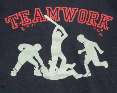 T-SHIRT – FROZEN MUNKY – TEAM WORK – Size M