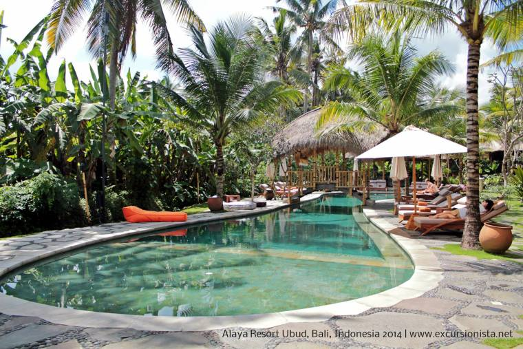 alaya resort pool 1