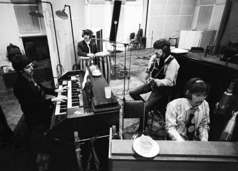 Beatles_abbeyroadstudio