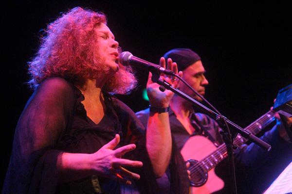 SARAH JANE MORRIS & ANTONIO FORCIONE per il festival RAVENNA JAZZ. Mercoledì 9 maggio Mama's Club (RA)