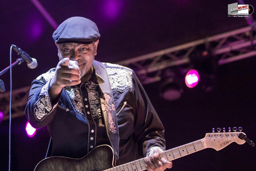 Al Parco Schuster (Roma) la leggenda del blues: Zac Harmon. Giovedì 19 luglio. Foto gallery di Fabio Spagnoletto