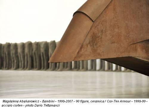 Magdalena Abakanowicz - Bambini - 1998-2007 - 90 figure, ceramica / Cor-Ten Armour - 1998-99 - acciaio corten - photo Dario Tettamanzi