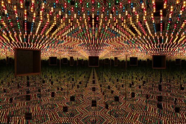 Yayoi Kusama, Infinity Mirror Room — Love Forever, 1966/94. ©Yayoi Kusama, Courtesy: Ota Fine Arts
