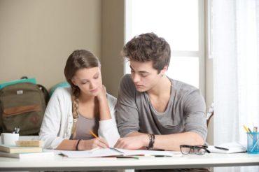 Jak dobrze zorganizować sobie naukę na studiach